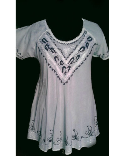 100 Wevez White Embroidery Maxi Tops